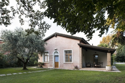Casa Lunia, appartamento indipendente a Mestre Venezia