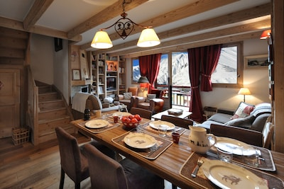 Charming duplex in chalet on the slopes of the 3 valleys close to the ESF