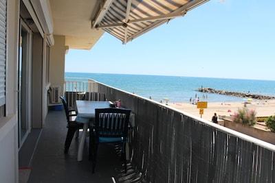 terrasse Le Siroco vue plage et mer