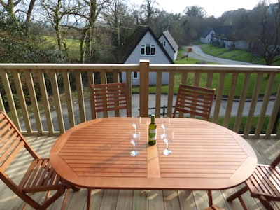 Holiday lodge with shared indoor pool, ideal base to explore Devon & Cornwall