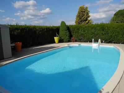 piscine commune aux 2 gites