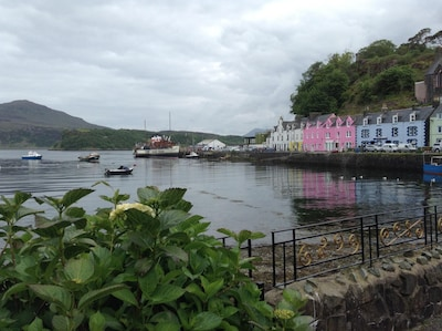 Seafront Georgian Townhouse in Portree Bay