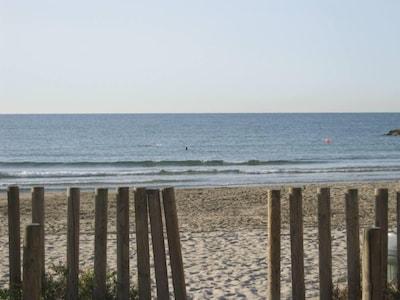Photo prise à 25 mètres de l'appartement : plage de sable