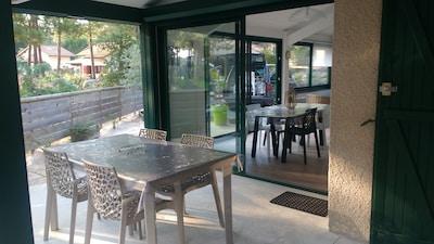 terrasse couverte avec accès salon ou accès - cuisine - sans vis à vis