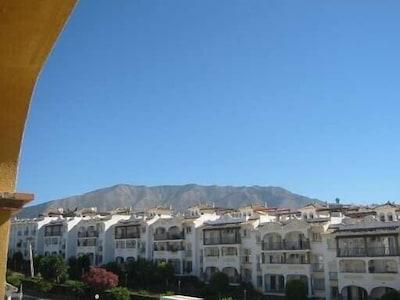 Apartamento de lujo Superb bellamente amueblada con piscinas y pistas de tenis