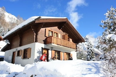 Tzarmettaz Ski Lift, Anniviers, Valais, Switzerland