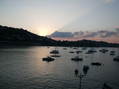 Sonnige Ferienwohnung direkt am Meer