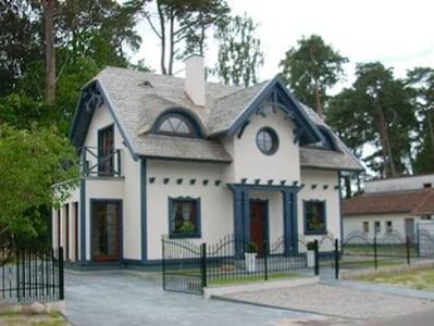 Vorderansicht Captains Haus
