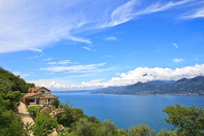 Villa Castelletto - Your luxury home on lake Garda, Italy!