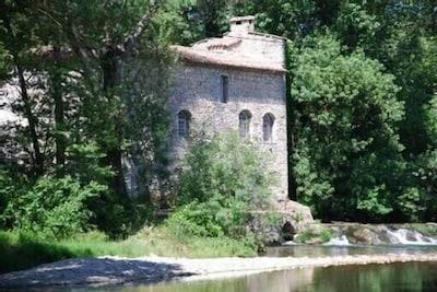 Orthoux-Serignac-Quilhan, Gard, France