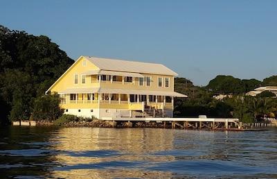 The Cay House ❤️❤️❤️