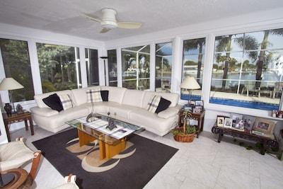 Vina Del Mar Island, St. Pete Beach, Florida, USA