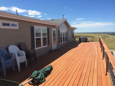 Huge deck overlooking the entire lake