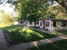 Clean beautiful cottages located on Lake Onalaska