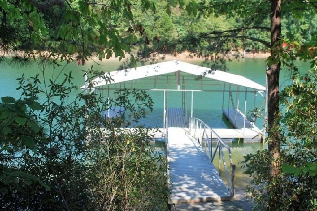 Private Double Slip Boat Dock