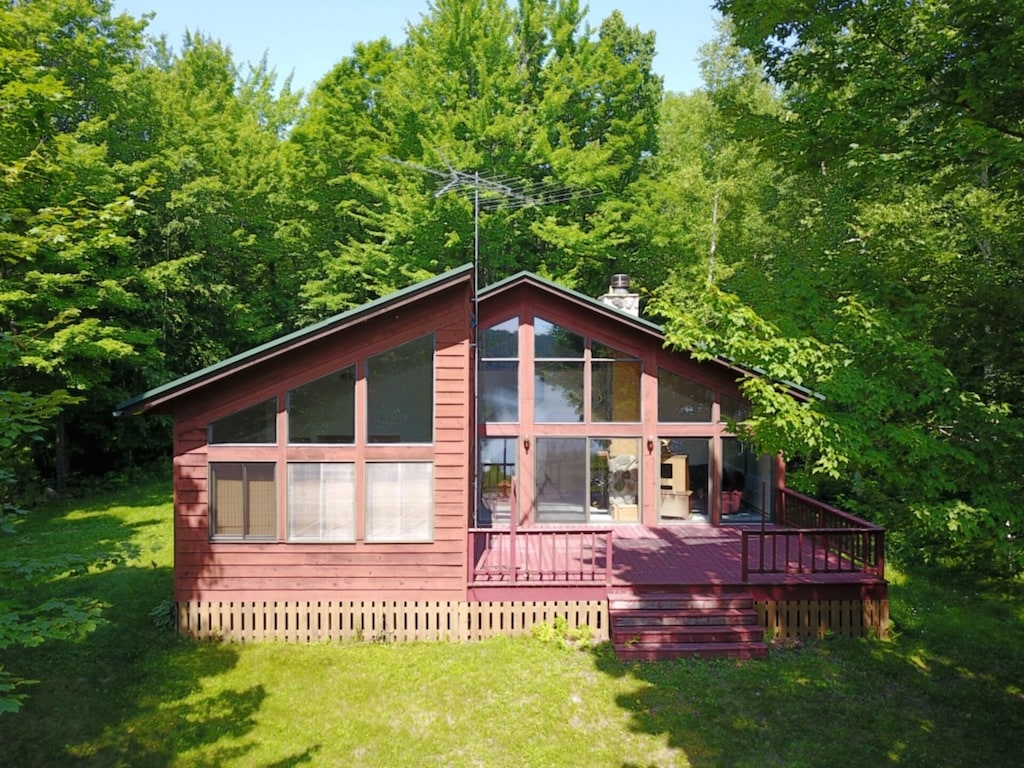 Private Lake House With 2200 Feet Of Frontage On 70 Acres Rhinelander Whether you're traveling with friends, family, or even pets, vrbo vacation homes have the best. private lake house with 2200 feet of frontage on 70 acres rhinelander