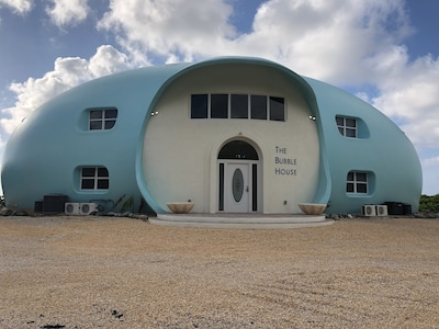 The Newly renovated Bubble House!