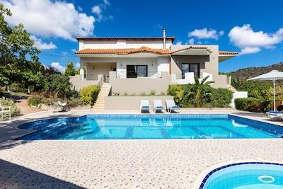 Alonia Villa, a brand new, amazing Villa featuring 5 bedrooms and 5 bathrooms!