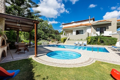 An amazing private swimming pool is ready to welcome you!