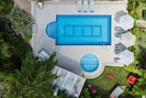 Private swimming pool and special children's compartment