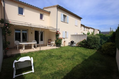 Saint-Quentin-la-Poterie, Gard, France