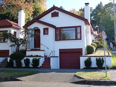 Historic Vista Cottage
