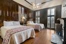 Bedroom 1- 2 Queen Beds