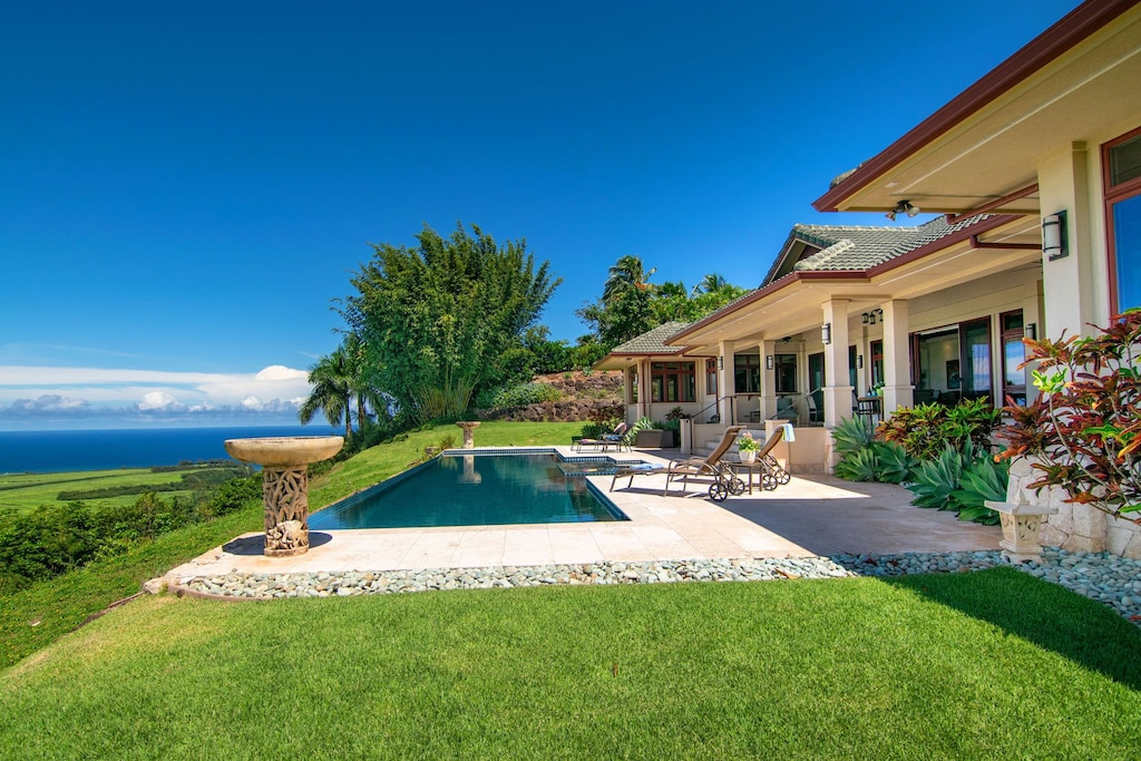 Backyard with pool and ocean views on Maui's North Shore
