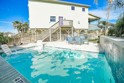 Private pool, yard, grill and plenty of chairs for your outside entertainment.