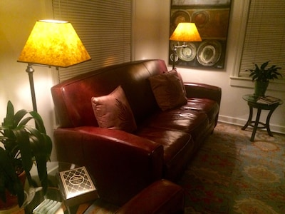 Leather furniture, wool carpet, stone ware tables and William Shakespeare