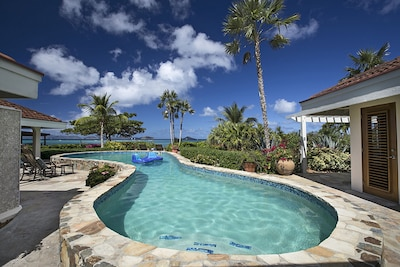 Pool is located steps away from the beach & coral reef, with great snorkelling