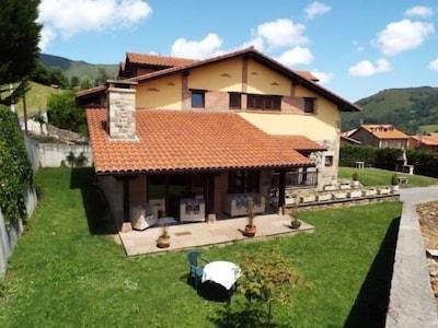 Apartamento rural La Riguera de Ginio para 25 personas