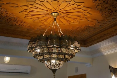 Plafond en bois traditionnel