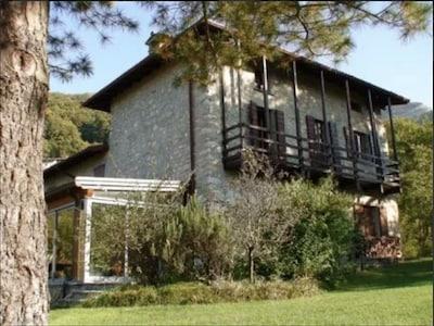 Caprino Bergamasco, Lombardei, Italien