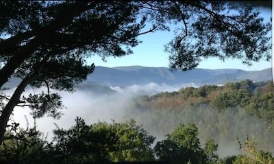 Paysage devant maison, vous méditerez et apprécierez le spectacle du paysage.