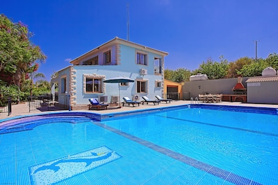 Ayia Marina Chrysochous, Cyprus