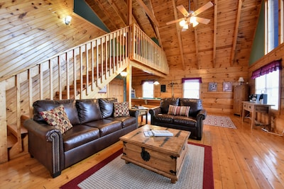 The large open area floor plan makes the cabin feel even bigger than it is!