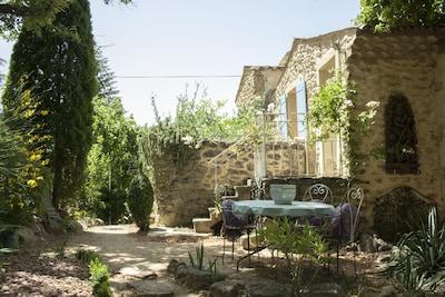 Entrechaux, Vaucluse (département), France