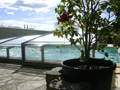la piscine avec couverture amovible