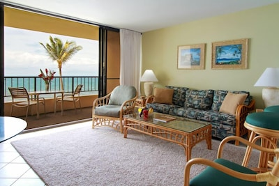 Living room looking out to the lanai