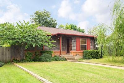 Log Cabin Village, Fort Worth, Texas, USA