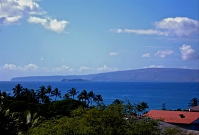 Panoramic View of Molokini and Kahoolawe from the Living Room and Lanai
