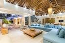 4 Bedroom Cozy Tropical House in Umalas