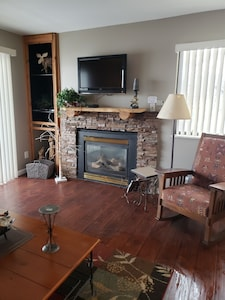 Fireplace is controlled by thermostat.