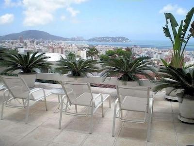 Casa Guarujá Enseada-Condomínio Fechado - 3 suites