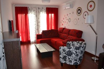 Moderno, céntrico, con tres dormitorios, completamente equipado
