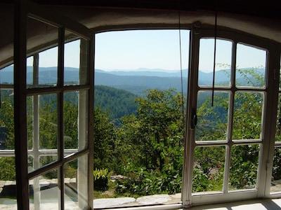 vue fenêtre du salon