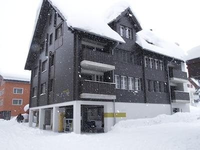 Lutersee Ski Lift, Andermatt, Uri, Switzerland