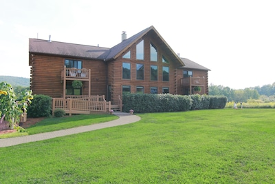 summer view of the Lake View Lodge