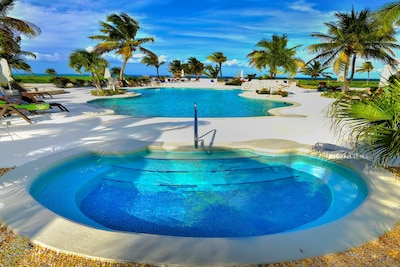 Northwest Point Resort, Providenciales, Turks and Caicos